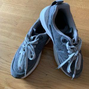 NWOT Zara gray casual comfortable sneakers